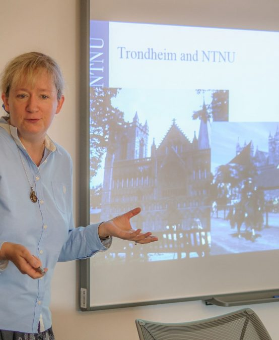 Ekaterina Prasolova-Førland, despre realitatea virtuală în educație, la CeL